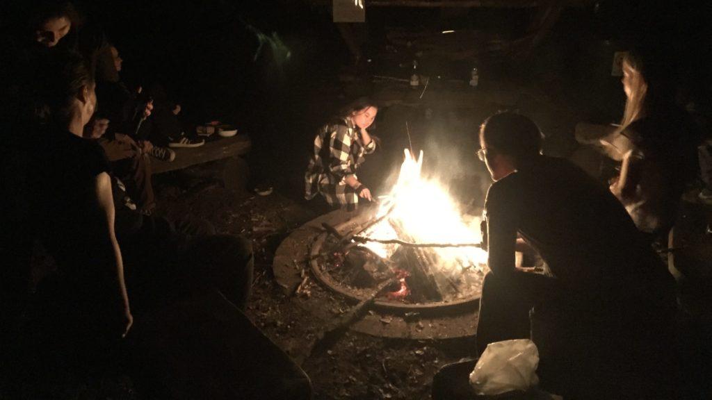 Gemeinsame Zeit am Lagerfeuer